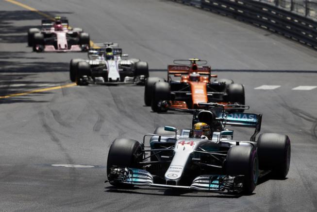 Dur grand prix pour Hamilton et Mercedes