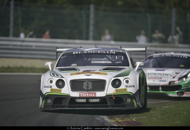 Le Bentley dans la course au titre