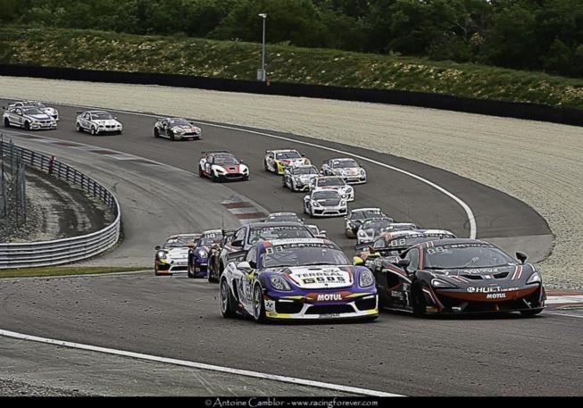 Qui prendra l'ascendant en FFSA GT4 ?