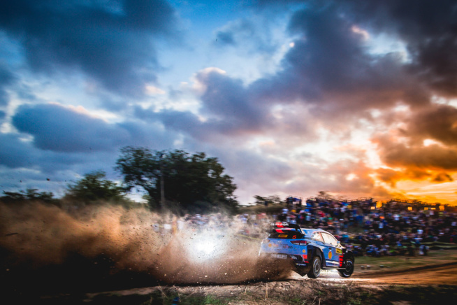 Thierry Neuville a perdu encore de gros points (Photo @World / Red Bull Content Pool)