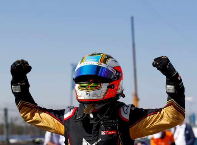 1 victoire et 2e place et Da Costa est leader du championnat