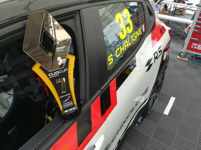 Clio Cup : T2CM sur le podium à Nogaro