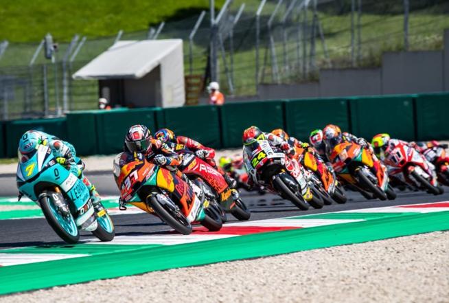 Une lutte acharnée en Moto3 (Rob Gray Polarity Photo)