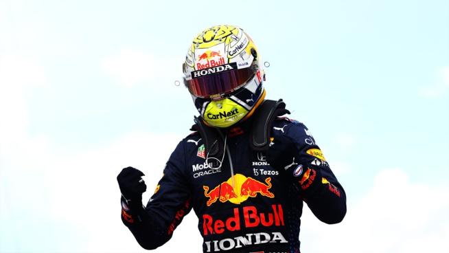 Verstappen devient de plus en plus le favori au titre © RedBull Media