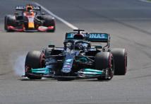 Mercedes et Hamilton encore habille dans la compétition