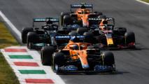 Verstappen et Hamilton continuent leur histoire d'amour © RedBull Media