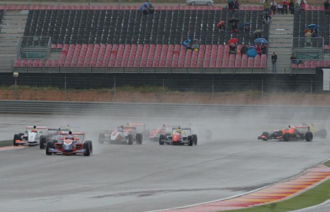 Contrairement aux apparences la formule Renault a encore de beaux jours devant elle (Photo A.Camblor)