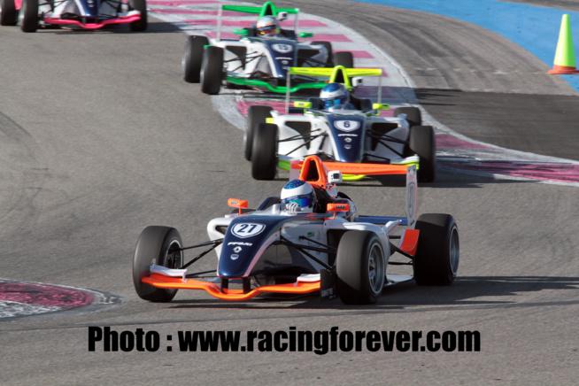 Guliano Alesi au volant de sa F4
