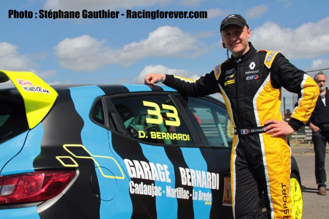 Clio Cup : Denis Bernardi décroche un top 10 à Nogaro