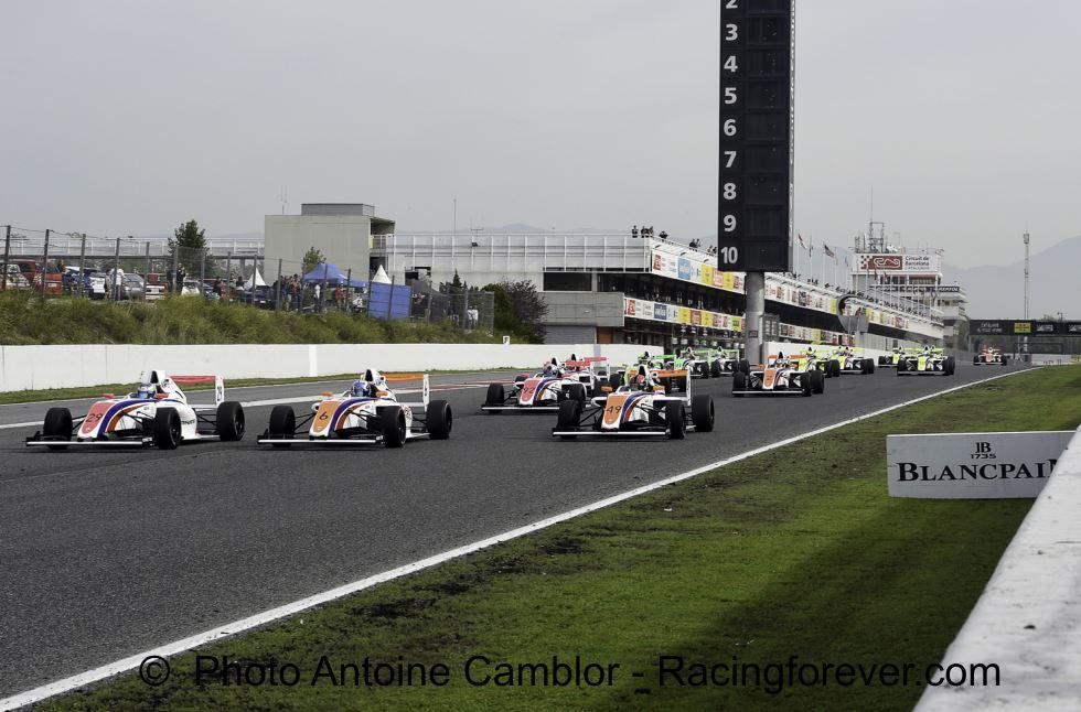 Un circuit F1 pour les pilotes F4
