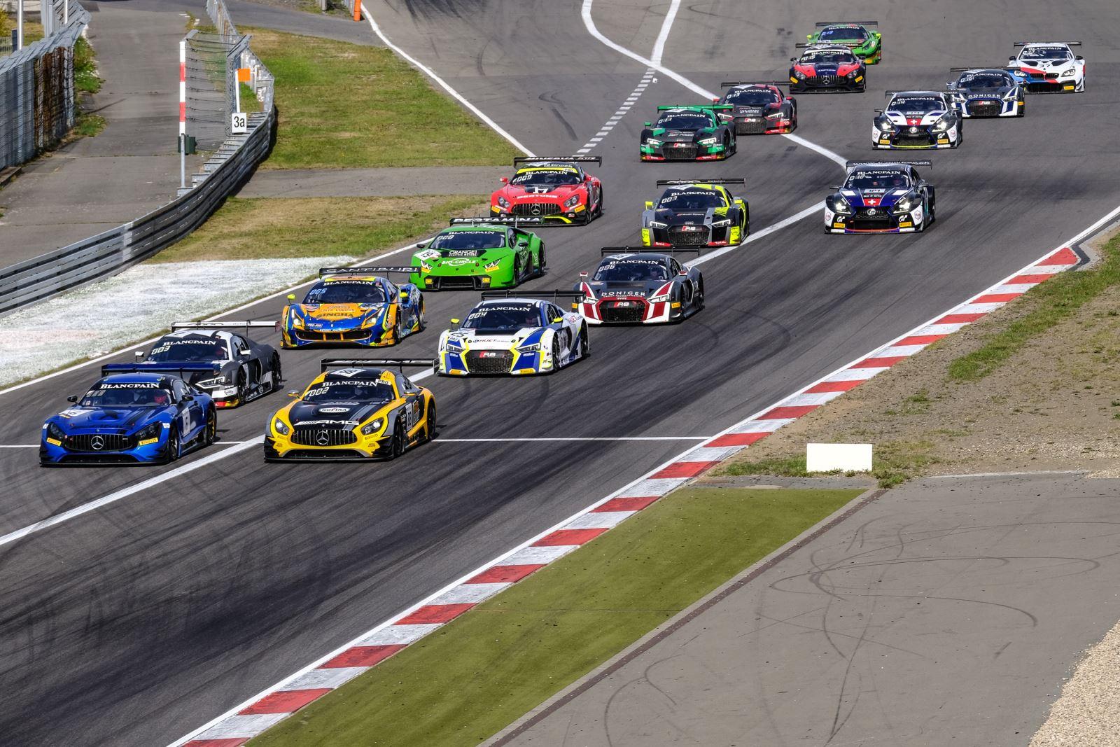 Suspense pour la dernière course (Photo SRO)