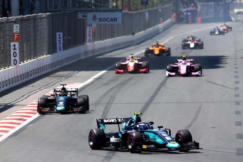 F2 : Baku, course 2, victoire de Latifi