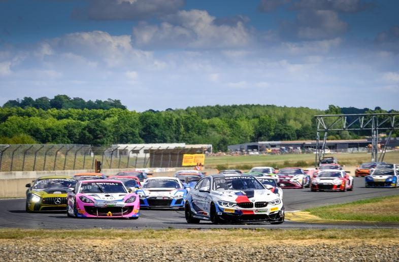Mercedes, BMW, Aston Martin, Alpine, Toyota et Ginetta se sont montrées dans le Gers(Photo D.Bogaerts/SRO)