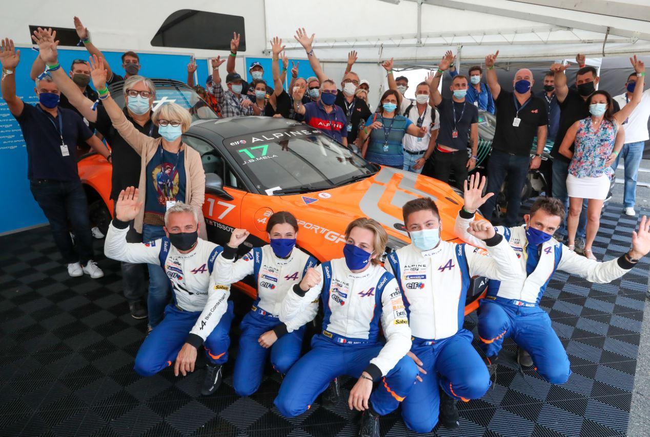 Le team au complet ( Photo DPPI)