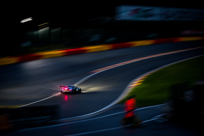 Mercedes en pole (Photo Jules Benichou 21 creation)