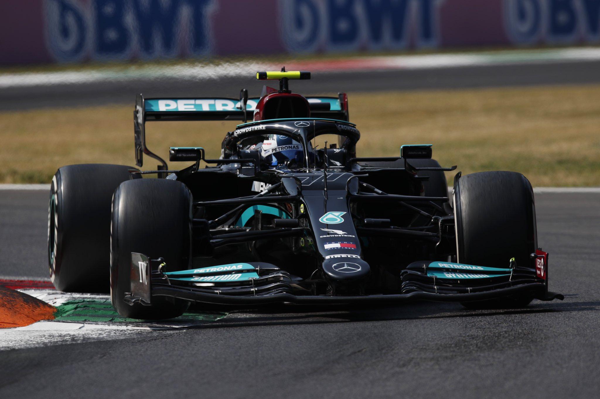 Bottas termine premier mais partira dernier © AMG Mercedes F1