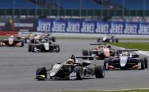 F3 : Silverstone, course 1 - Victoire de Norris