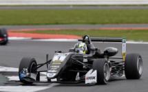 F3 : Silverstone, course 2 - Victoire de Eriksson