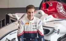 F1 : Un pilote F4 FFSA a un pied en F1