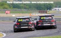Peugeot 308 Racing : Nogaro, course 1