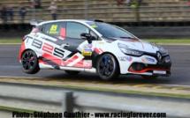 Clio Cup : TB2S remplit ses coupes de bons résultats à Nogaro