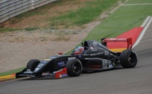 Formule Renault VDV : Jordan Perroy toujours dans la course au titre après Motorland