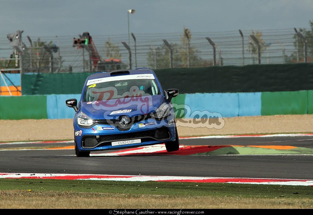 17_ClioCup_Magny_S05