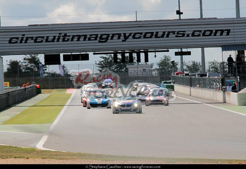 17_Magny-Cours_GT4_departS07