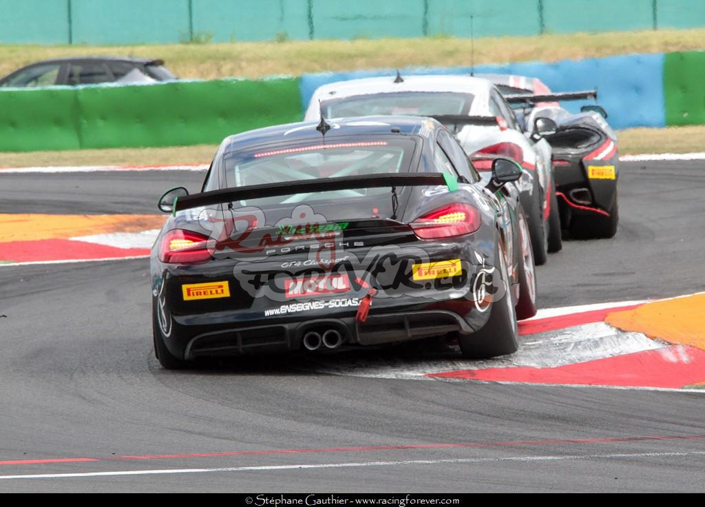 17_Magny-Cours_GT4_D30