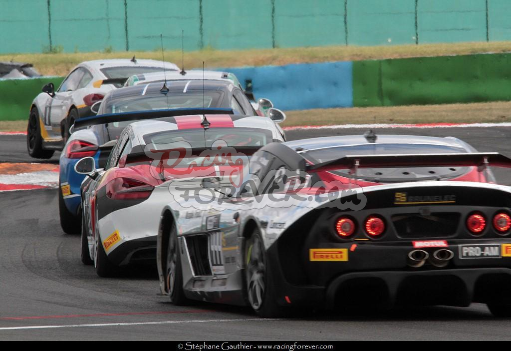 17_Magny-Cours_GT4_D32