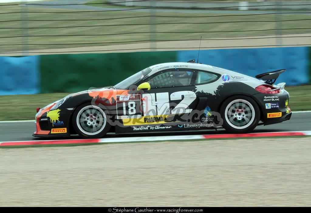 17_Magny-Cours_GT4_D42