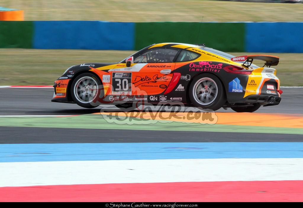 17_Magny-Cours_GT4_D47